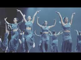 Dance Group Dance Revelasian