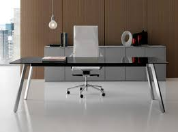 Desk glass top White View In Gallery Homedit Glasstop Desks Bring Style Into The Workspace