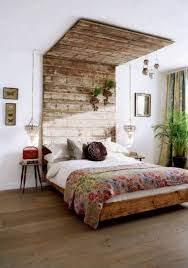 Small Rustic Bedroom Ideas For Decorating Rustic Bedroom