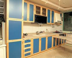 2 tone kitchen cabinets more pictures a modern two tone kitchen