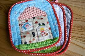 Terrific Tiny Quilts Make Fun Quick Projects & Photo: House hotpads by A quilt ... Adamdwight.com