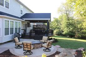 covered curved deck with trex decking