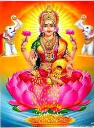 Do not kepp such idol of Devi laxmi in home otherwise money will lost