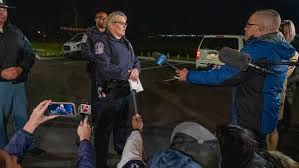 8 killed in shooting at fedex warehouse in indianapolis at least five other people had been hospitalized with injuries, including one in critical condition. 0qbh0risexk7rm