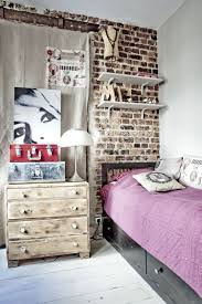 Creative Ways To Make Your Small Bedroom Look Bigger