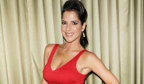 General Hospital's Kelly Monaco Posts Nude Photo to Distract From Face |  Soaps.com