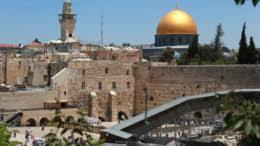 """Resultado de imagem para """"mudem as embaixadas para Jerusalém"""""""