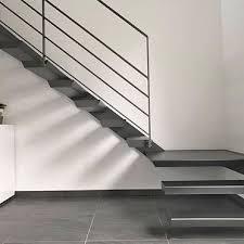 Im zeitgerechten design überzeugt die treppe aus stahl mit einem hohen maß an ästhetik, qualität, stabilität und sicherheit. Treppen Gelander Fenstergitter Von Metallbau Design Concepte Gmbh In Rheinberg