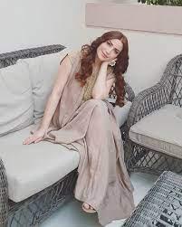 "109.8 k mentions J'aime, 1,459 commentaires - Nesreen Tafesh  (@nesreentafesh) sur Instagram : ""ولد الإنسان كزائر ولم… | Egyptian beauty,  Egyptian actress, Actresses"