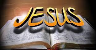 Resultado de imagem para desenho de Bíblias