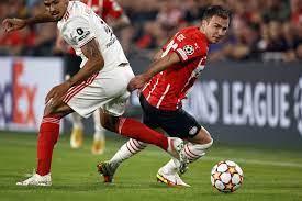 Champions League: Mario Götze und PSV Eindhoven verpassen Gruppenphase -  DER SPIEGEL