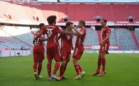 Official borussia mönchengladbach instagram 🖤🤍💚 #diefohlen #fohlenelf www.borussia.de. Bayern Munich One Win From Bundesliga Title Are Leaving It Late To Beat Borussia Monchengladbach