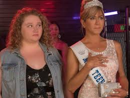 narcissist jennifer aniston shames plus sized daughter in new beauty pageant dumplin