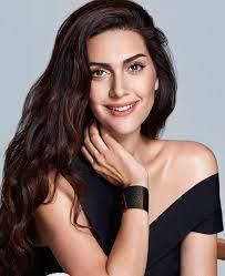 Bergüzar Korel | Turkish women beautiful, Beauty full girl, Beauty girl