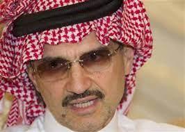 رد فعل غير متوقع من الملياردير الوليد بن طلال تجاه شاب سعودي قال له : ركز  معي !