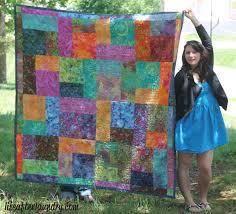 Turning Twenty Quilt - Life After Laundry & Turning Twenty Quilt | LifeAfterLaundry.com | #quilting #quilt #inspiration  #fabric Adamdwight.com