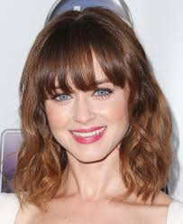 Hairstyles With Blunt Fringe Haircuts Medium Haircuts With Blunt Bangs Cute Medium Haircuts