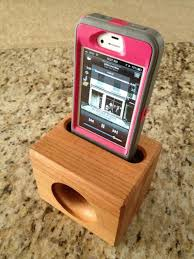 small wood projects for phone. wooden iphone speaker / stand - no electricity needed makes a great graduation gift small wood projects for phone