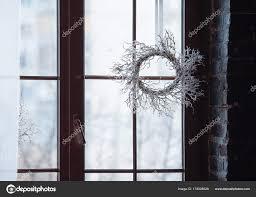 Weihnachts Dekoration An Der Fensterscheibe Stockfoto Linaaster