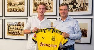 It also displays the transfer fees. Borussia Dortmund Sign Julian Brandt Bvb De