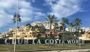 File:Club La Costa World en Fuengirola.jpg - Wikimedia Commons