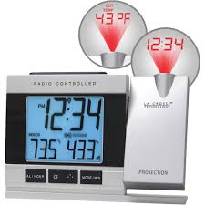 la crosse technology atomic projection electric alarm clock com