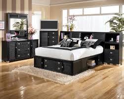 ... Black Bedroom Furniture Set Simple Floral Motif Bedcover Beautiful ...