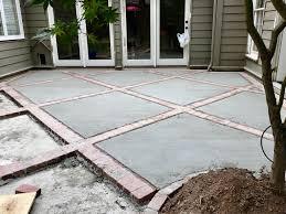 Inexpensive Paver Patio Designs Brick And Concrete Diamond Design Patio Patio Flooring