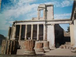 the influence of ancient greek architecture owlcation the ruins of the basilica at pompeii give us a sense of the greek influence on