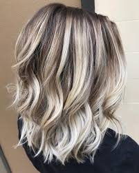 10 Ash Blonde Hairstyles For All