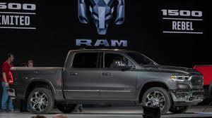 Luxury shoppers increasingly cross-shop full-size pickup trucks ...