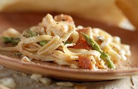 lobster linguine with white wine sauce