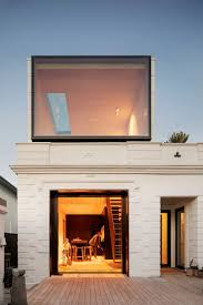 architects' <b>creative</b> adds simple upward <b>extrusion</b> to 8M house in ...