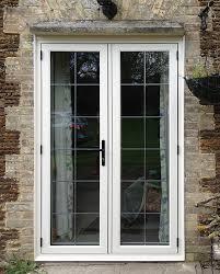 residence 9 doors