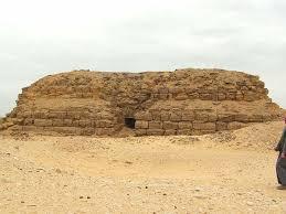 Зачем фараоны присвоили чужие пирамиды?