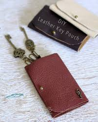 leather key pouch