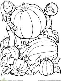 In addition, the kid is carried away and does not bother his mother while she does her business. Printable Fall Coloring Pages Parents