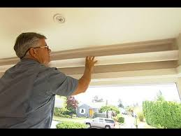 how to install wood crown molding