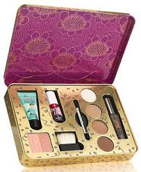 benefit groovy kind a love makeup set benefit cosmetics gifts value sets