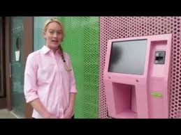 Cupcake Vending Machine Franchise Extraordinary The First Vending Machine Cupcake YouTube