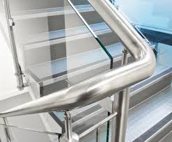Q-line handrail, internal staircase application