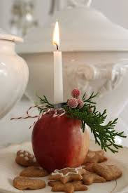 Decorating: Apple Alter Arangement - Apple Ornaments