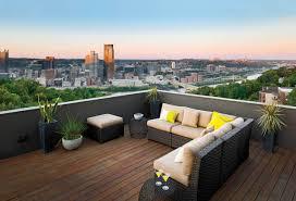 Image Roof Garden Housetrends Outdoor Furniture Overlooks Stunning View
