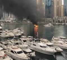 Light Bar For Boat Tower Video Boat Gutted In Dubai Marina Fire No Casualties