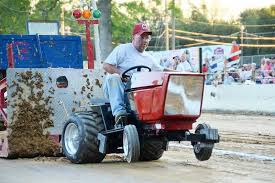 garden tractor pulls at the union county west end fair