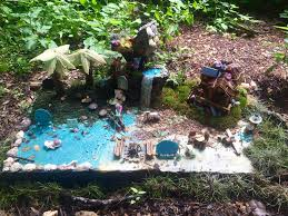 faerie garden. Well The Zilker Park Botanical Garden Will Be Having Their 5th Annual Woodland Faerie Trail May 27th - July 30th 2017. Has Fairy Houses Made By I