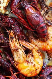 seafood boil with cajun er sauce
