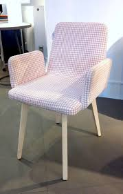 MAKE AN IMPACT WITH THIS VIK CARVER CHAIR. NATURAL ASH FRAME WITH PINK  MAMBA HOUNDSTOOTH
