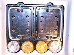 100 amp fuse box parts need help understanding an old i wiring 100 amp fuse box in house 100 amp fuse box parts need help understanding an old i wiring diagram