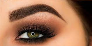how to look beautiful by giving your eyes a smokey look easy eye makeup idea
